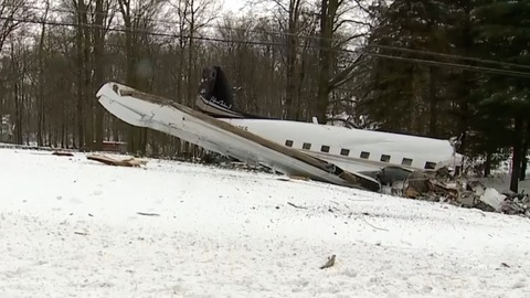 Two Dead After Plane Crashes in Ohio, Failed Engine Likely Cause of Crash