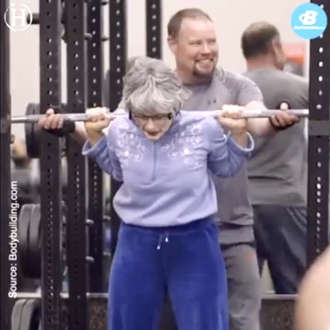 Powerlifting 'Grandma' Turns Heads at the Gym